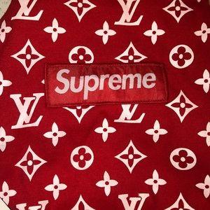 Supreme dog hoodie. NWT.